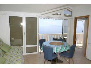 Apartments Jure - 33821-A4 - Zivogosce vacation rentals