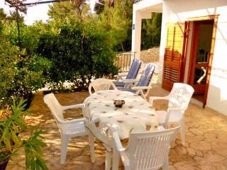 Apartments Josip - 34071-A1 - Hvar Island vacation rentals