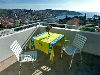 Apartments Frane - 34331-A2 - Milna vacation rentals