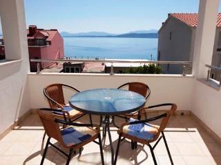 Apartments Ružica - 36891-A1 - Igrane vacation rentals