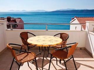 Apartments Ružica - 36891-A2 - Igrane vacation rentals