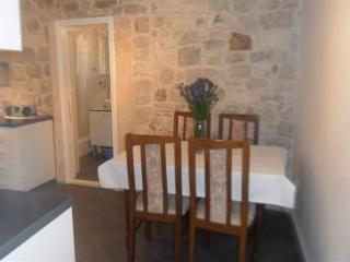 Apartment Petar - 37961-A1 - Lokva Rogoznica vacation rentals