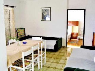 Apartments Petar - 37962-A1 - Lokva Rogoznica vacation rentals
