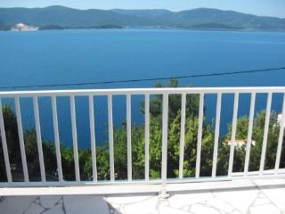 Apartments Stipe - 51731-A1 - Komarna vacation rentals