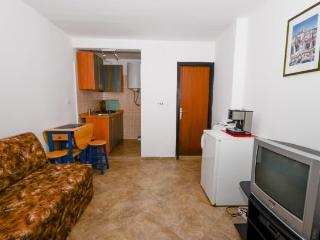 Apartments Ružica - 60291-A2 - Karlobag vacation rentals
