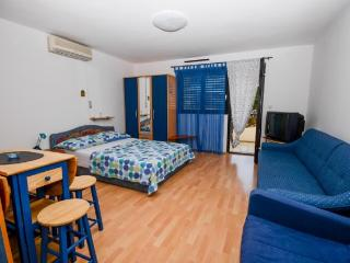 Apartments Ružica - 60291-A3 - Karlobag vacation rentals