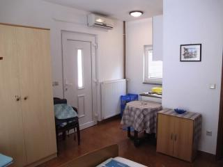 Apartments Ljiljana - 68201-A2 - Krk vacation rentals