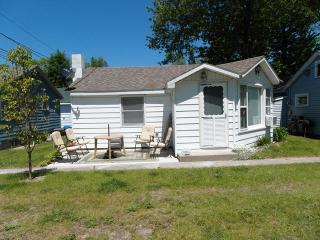 1 bedroom House with Deck in Au Gres - Au Gres vacation rentals