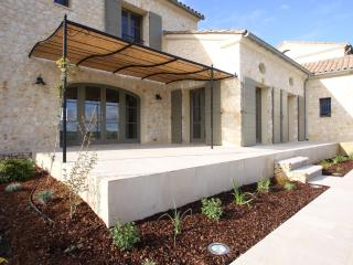 NEW Luxury house in the South, near Nimes - Languedoc-Roussillon vacation rentals