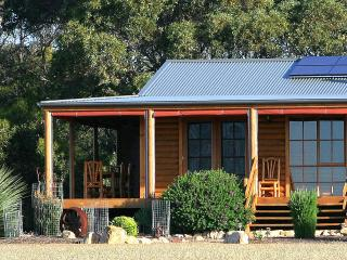 2 bedroom Cabin with Deck in Kangaroo Island - Kangaroo Island vacation rentals