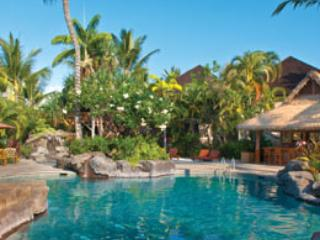2 Pools and 2 outdoor hot tubs to choose from - Kona Ironman '15- 10/5-10/13-2 bd Condo IRONMAN - Kailua-Kona - rentals