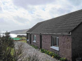 2 bedroom Cottage with Central Heating in Gairloch - Gairloch vacation rentals