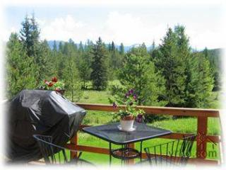 Cosy Cottage Apartment - Glacier National Park vacation rentals