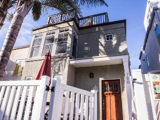 Luv Surf Luxurious Beach Home Steps from the Sand! - Pacific Beach vacation rentals