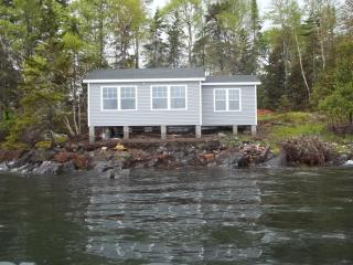 Romantic Cabin in Robbinston with Internet Access, sleeps 3 - Robbinston vacation rentals
