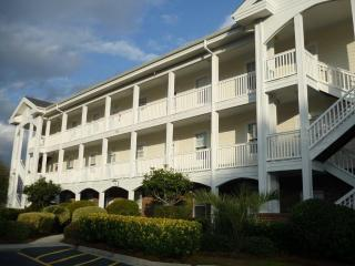 Fantastic Condo in a Prime Location, Near Golf and Minutes to the Beach - Myrtle Beach vacation rentals