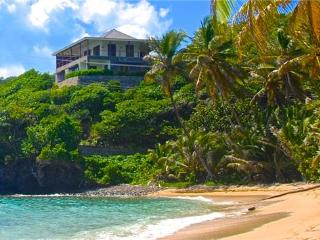 Jamdown Lower Beach Deck for 3 - Bequia - Port Elizabeth vacation rentals