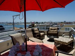 Luv Surf Pet Friendly Mission Bay Rooftop View - Pacific Beach vacation rentals