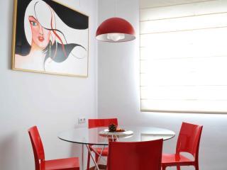 2 bedroom Condo with Short Breaks Allowed in Seville - Seville vacation rentals