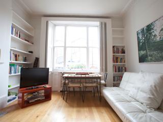Gorgeous Notting Hill Apartment for Rent - Las Palmas de Gran Canaria vacation rentals