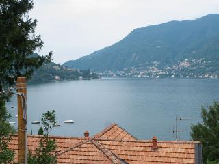 Bright Condo with Dishwasher and Waterfront - Faggeto Lario vacation rentals