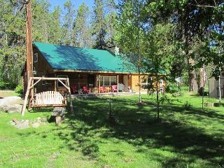 Great Family Cabin with Lakeview and Access to Beach! - New Meadows vacation rentals