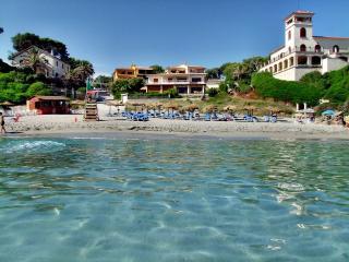 Cool beach villa, Mal Pas, Alcudia - Mal Pas vacation rentals