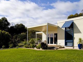 SeaShells Penneshaw Holiday Rental Accommodation - Penneshaw vacation rentals