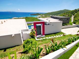 Luxurious,modern beachview Villa - Philipsburg vacation rentals