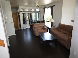 Baywalk Bungalow Steps to Beach & Bay in PB - Pacific Beach vacation rentals