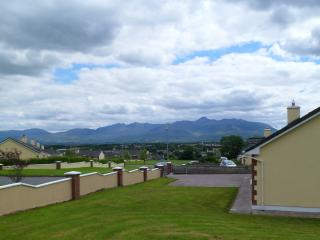 Sunhill Cottage: Killorglin Town on Ring of Kerry - Killorglin vacation rentals