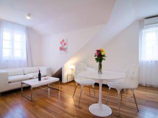Divota apartment hotel - Deluxe twin studio 303 - Split vacation rentals