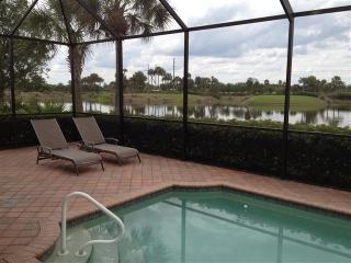 Executive Home - Heated Pool, 2 Golf Courses - Fort Myers vacation rentals