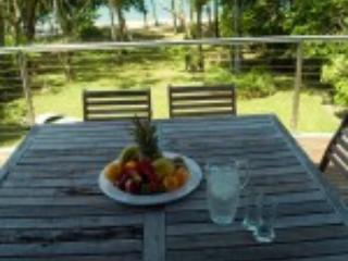 4 bedroom B&B with Deck in Newell Beach - Newell Beach vacation rentals