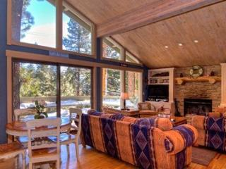 Cozy Tahoe Mountain Retreat ~ RA3429 - Incline Village vacation rentals
