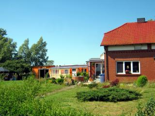Sunny holiday flat Ostseebad Dierhagen Baltic Sea - Mecklenburg-West Pomerania vacation rentals