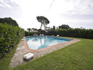 Farmouse in Monteriggioni, Tuscany - Monteriggioni vacation rentals