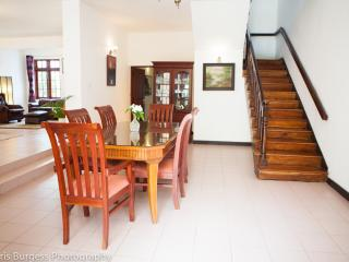 Colombo- Lake Gardens Sri Lanka - Colombo District vacation rentals