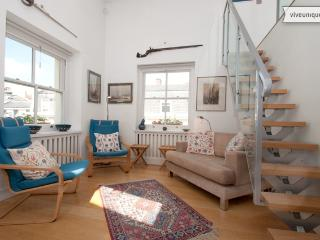 Covent Garden in 10 mins! Sleeps up to 6 - Modern Apartment - London vacation rentals