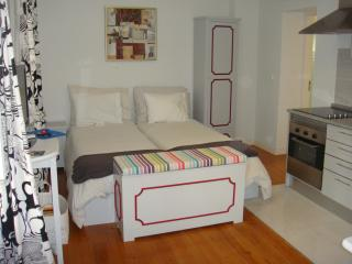 Lisbon Inn 2 is in Lisbon Center - Leiria vacation rentals