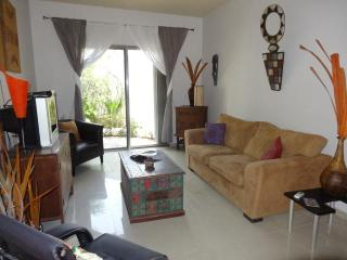CASA MAYA - 1BR affordable luxury at COCO BEACH - Playa del Carmen vacation rentals