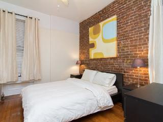 Prime East Village* USQ *New charming 2BR~Sleeps 5 - New York City vacation rentals