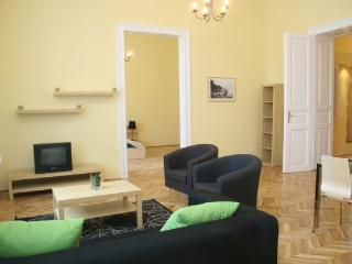 Jozsef Classic Apartment - Up to 9 Guests - Budapest vacation rentals