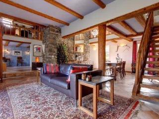 Luxury B&B and Table d'Hote in the Ardeche - Rochessauve vacation rentals