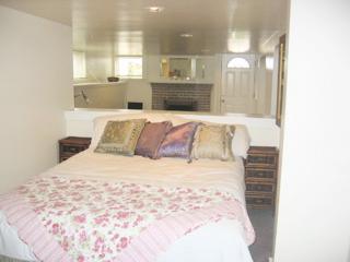 Cactus Cottage/ Junior 1 bedrm/Low Monthly/Parking - San Francisco vacation rentals