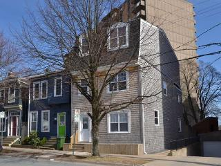 Cozy 2 bedroom Apartment in Halifax - Halifax vacation rentals