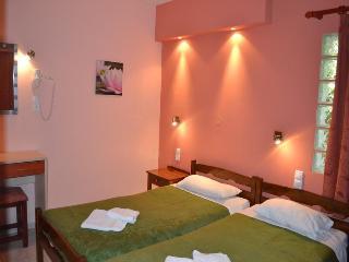 Three room apartment 4-5 people,Melina's Chania - Chania vacation rentals