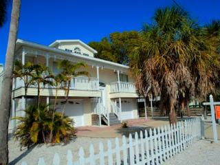 Whispering Winds - Anna Maria Island vacation rentals