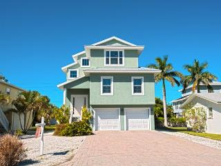 Pelican Villa - Anna Maria vacation rentals