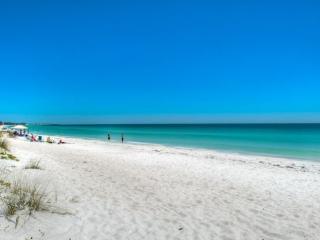 Tiffany Place 205 - Holmes Beach vacation rentals